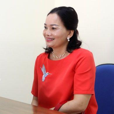 Cô Nguyễn Thị Tuyên (53t)